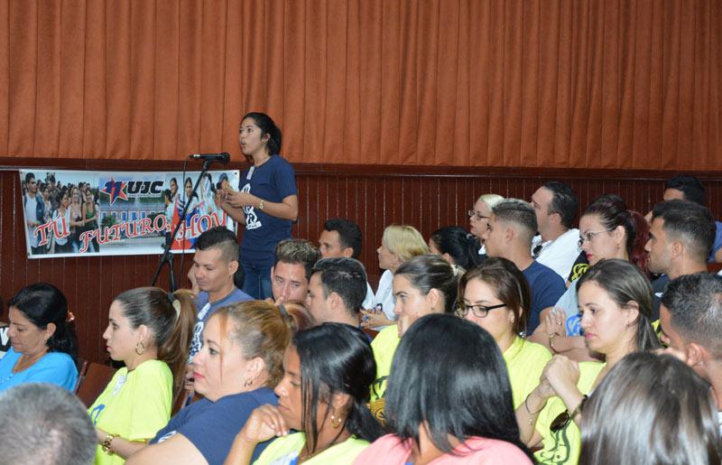 Continúan en Camagüey asambleas distritales XI Congreso de la UJC